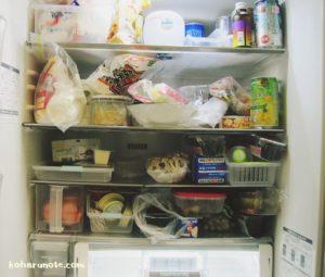 片付け前の冷蔵庫内
