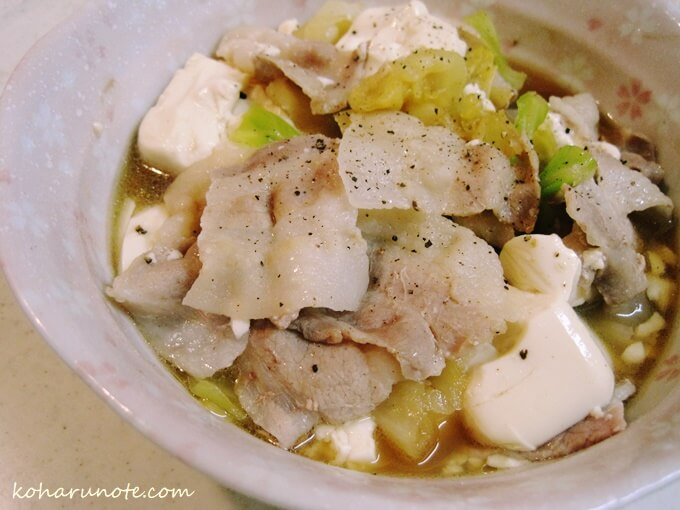 もつ鍋風?豚キャベツ豆腐の鶏ガラしょうゆ